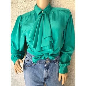 VINTAGE | Christmas green blouse with neck tie